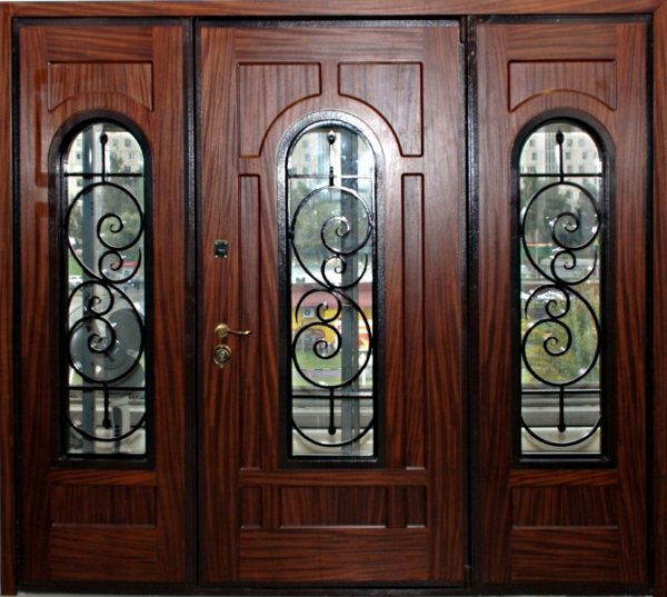 двери входные производства москва