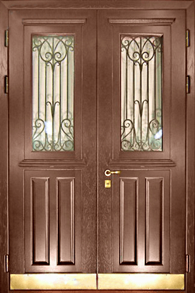 металлические наружные распашные двери двухлистовая