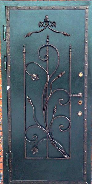 простая металлическая техническая дверь люберцы